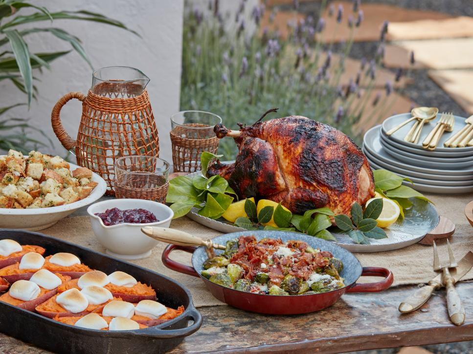 thanksgiving turkey | cooking thanksgiving dinners on the grill | holiday cooking | cooking outdoors | how to cook thanksgiving dinner on the grill
