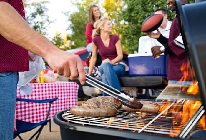tailgating essentials | tailgate essentials | tailgate BBQ party