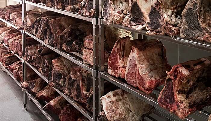 aging beef | dry-aging beef | what is dry-aged beef