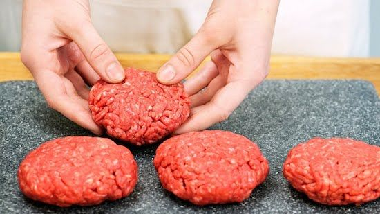 how to grill a perfect burger | how to grill hamburgers | tips for grilling hamburgers